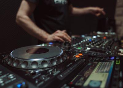 DJ Jordi Caballé_DJ Fashion Store_0-min