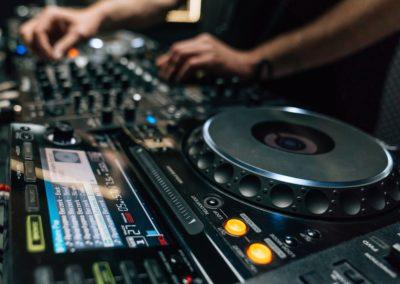 DJ Jordi Caballé_DJ Fashion Store_1-min
